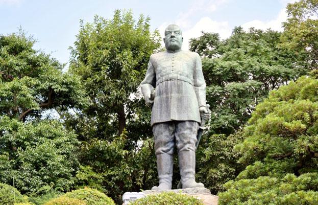 鹿児島の西郷隆盛銅像